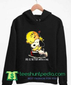Charlie Brown With Snoopy Loving Each Other Hoodie